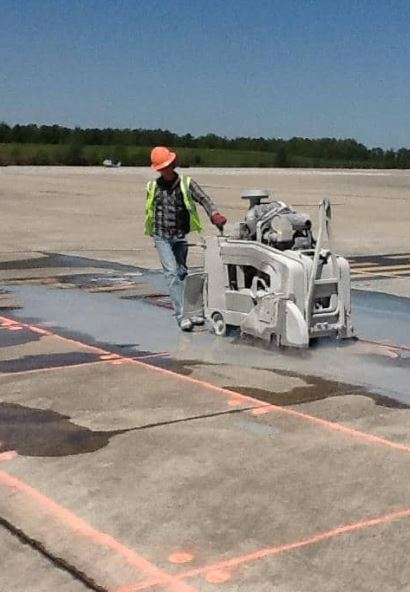 slab sawing concrete on asphalt