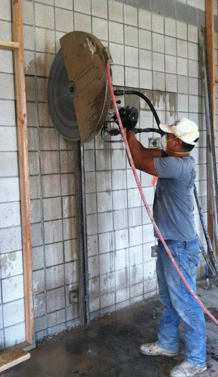 wall-sawing-into-concrete-to-create-a-door-in-Spokane1